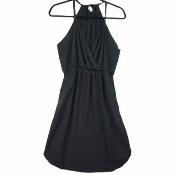 Aritizia Wilfred V Neck High Back Sleeveless Dress